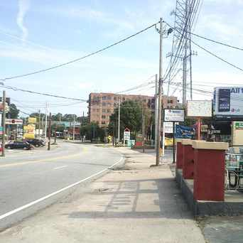 Photo of North on Roswell Road in Buckhead Forest, Atlanta