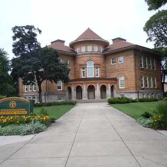 Photo of Washington Elementary School in Evanston