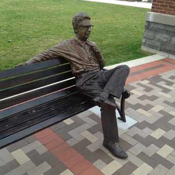 Photo of Orville Redenbacher Statue in Valparaiso