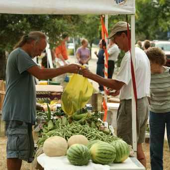 Photo of Menasha's Farm Fresh Market in Menasha