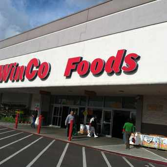 Photo of WinCo Foods in Tigard