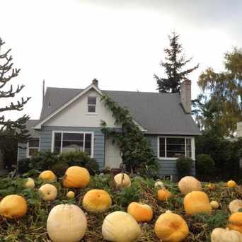 Photo of Magnolia Pumpkin House in Lawton Park, Seattle