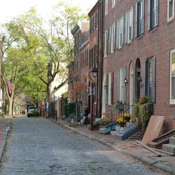 Photo of Cypress Street (500 block) in Center City East, Philadelphia