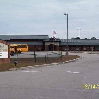 Photo of Havelock Elementary School in Havelock