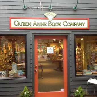 Photo of Queen Anne Book Company in West Queen Anne, Seattle