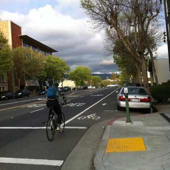 Photo of Grand Av:Staten Av in Adams Point, Oakland