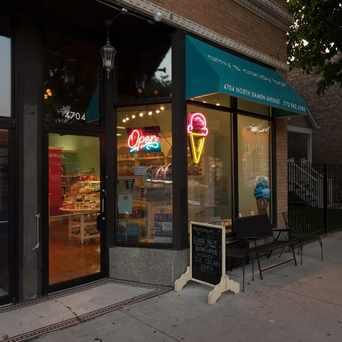Photo of Amy's Candy Bar in Ravenswood, Chicago