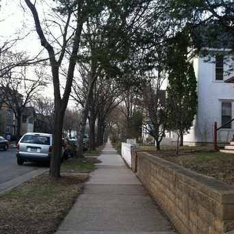 Photo of Neighborhood Walk in Lowry Hill East, Minneapolis