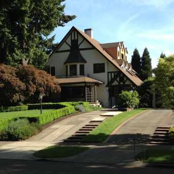 Photo of 34th and Oak in Sunnyside, Portland
