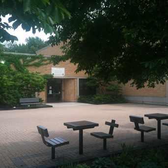 Photo of Nichols Park Community Center in Hyde Park, Chicago