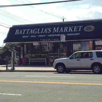 Photo of Battaglia's Market in Pelham Gardens, New York