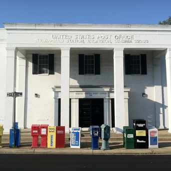 Photo of US Post Office in Ashton Heights, Arlington