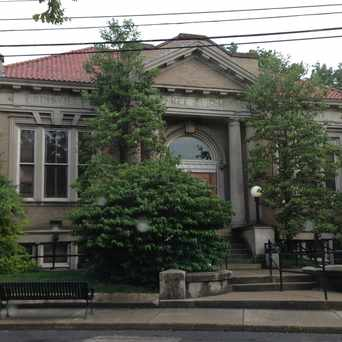 Photo of Louisville Free Public Library-Crescent Hill Branch in Louisville-Jefferson