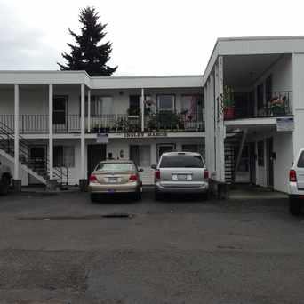 Photo of Insley Manor in Mt. Scott-Arleta, Portland