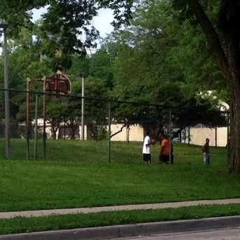 Photo of Clinton Rose Park Basketball Courts in Harawbee, Milwaukee