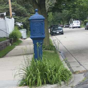 Photo of Washington Heights Call Box in Washington Heights, Milwaukee