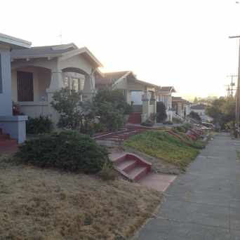 Photo of East 20th in Ivy Hill, Oakland