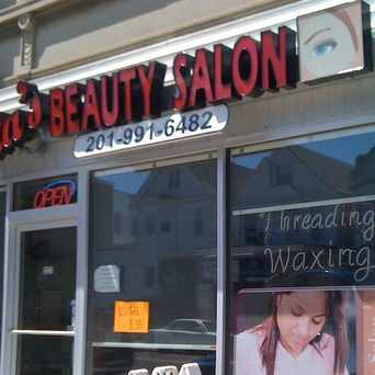 Photo of Nita's Beauty Salon in Kearny