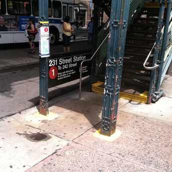 Photo of 231 St in Kingsbridge, New York