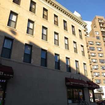 Astoria New York Apartments For Rent And Rentals Walk Score
