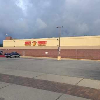 Photo of Mike's Fresh Market in Pembroke, Detroit