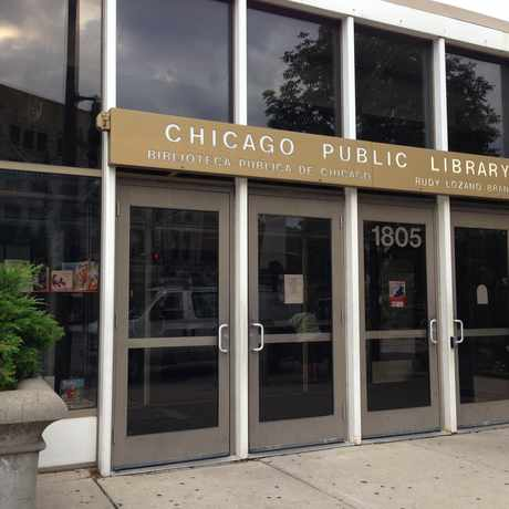 Photo of Lozano Library in Pilsen, Chicago