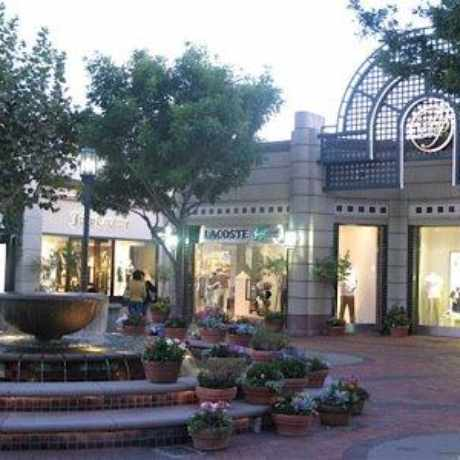 Photo of Broadway Plaza in Walnut Creek