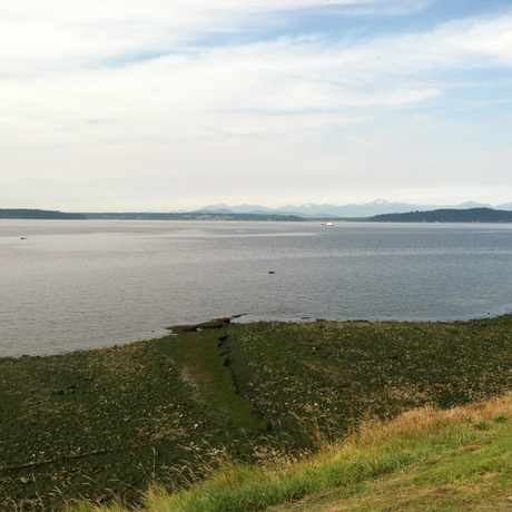 Photo of BEACH DR SW & SW JACOBSEN RD in Alki, Seattle