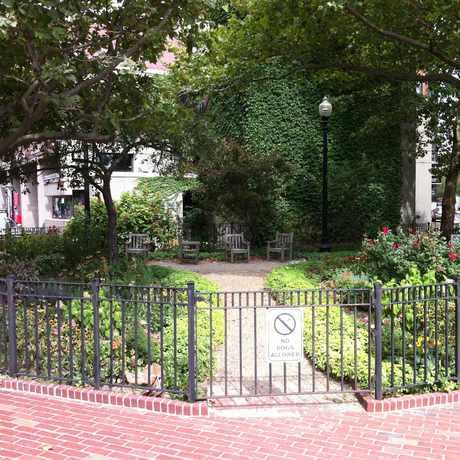 Photo of Isabella Street Park in Bay Village, Boston