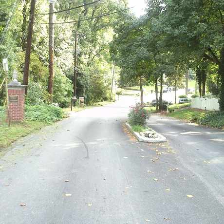 Photo of Buckhead Forest Entrance in Buckhead Forest, Atlanta