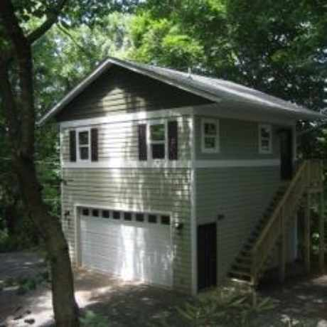 Photo of 215 Westover Dr in Asheville