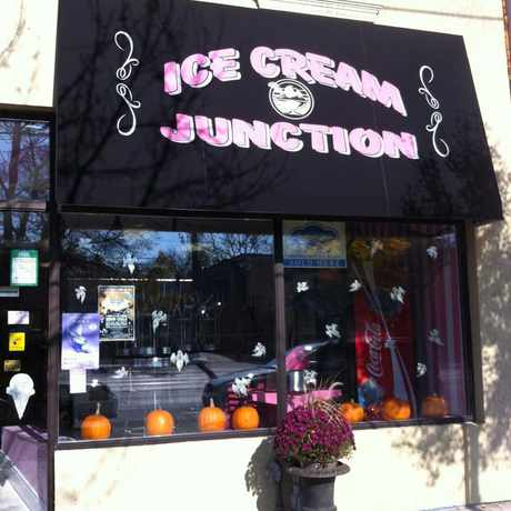 Photo of Ice Cream Junction in Long Branch, Toronto