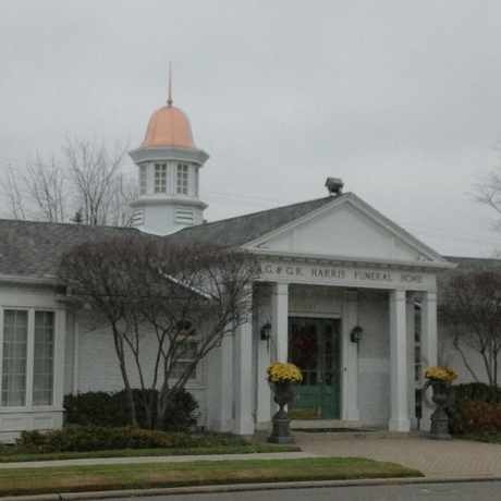 Photo of R.G. & G. R. Harris Funeral Home in Livonia