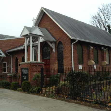 Photo of Meabe Memorial Episcopal Church in Braddock Road Metro, Alexandria