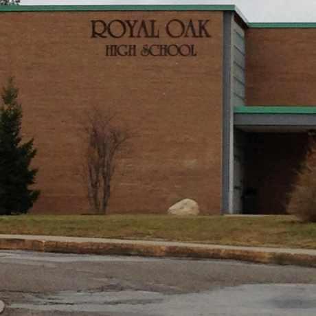 Photo of Royal Oak High School in Royal Oak