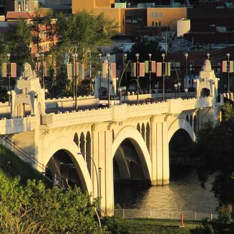 Photo of Centre St Bridge in Calgary
