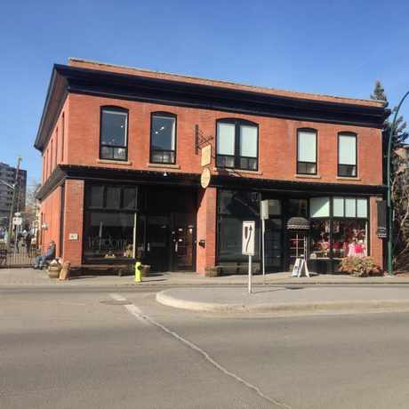 Photo of The Vendome Building in Sunnyside, Calgary