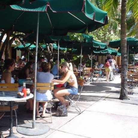 Photo of News Cafe in Miami Beach