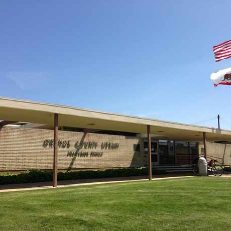 Photo of Mesa Verde Branch Library in Costa Mesa