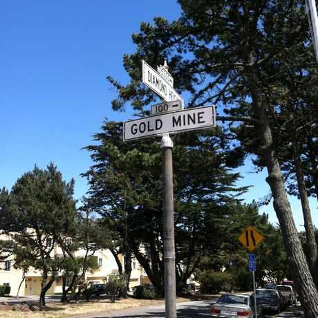 Photo of Diamond Heights Blvd & Gold Mine Dr in Diamond Heights, San Francisco