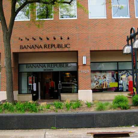 Photo of Banana Republic in Edina