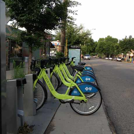Photo of Nice Ride Minnesota: West 36th Street & Bryant Ave. S in CARAG, Minneapolis