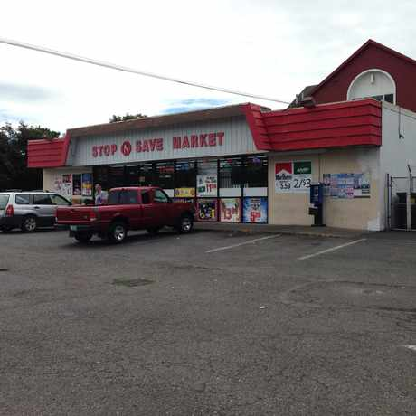 Photo of Stop N Save in Mt. Scott-Arleta, Portland