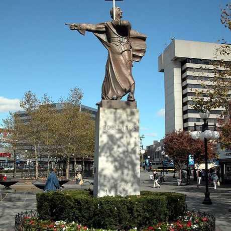 Photo of Sevaggio Statue in Journal Square, Jersey City