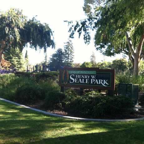 Photo of Henry Seale Park in Palo Alto